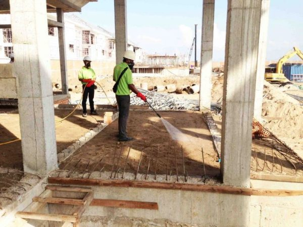 رش البطحاء قبل البناء
